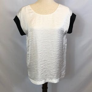 Michael Kors white short sleeve shirt black trim